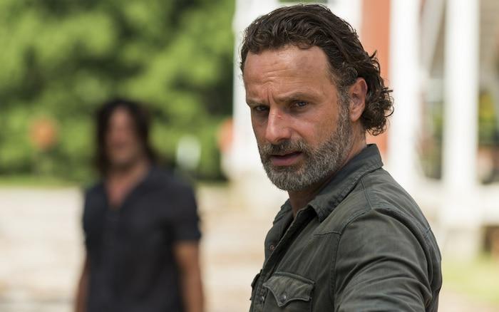 The Walking Dead: Phần phim rời của Rick Grimes xoay quanh thuốc chữa bệnh zombie 4