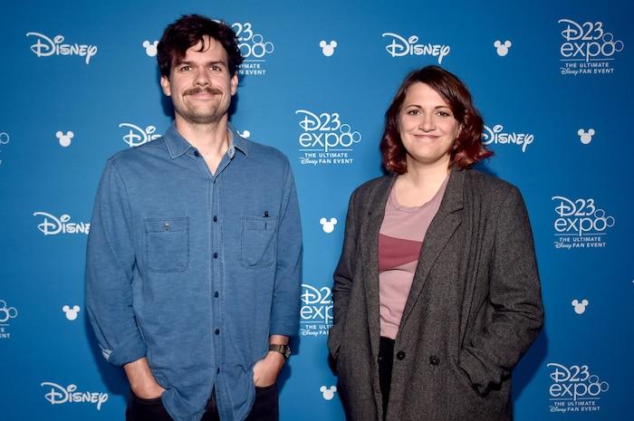 Nhà biên kịchMichael Waldron (bên phải).