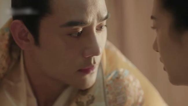Vừa ra mắt 'Thanh Bình Nhạc' đã đạt Douban 8.1, Vương Khải gây đỏ mặt vì nói lời nhạy cảm sau cảnh nóng 6