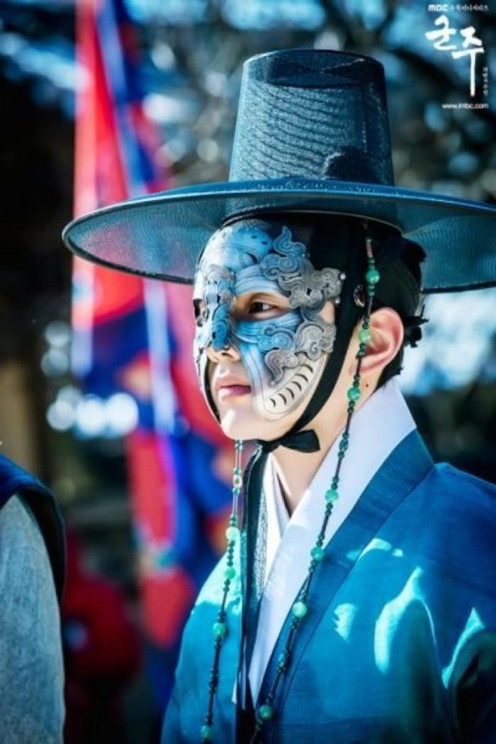 5 vị vua họ Lee trên màn ảnh Hàn: Lee Min Ho gây tranh cãi, Park Bo Gum và Kim Soo Hyun được khen ngợi hết lời 8