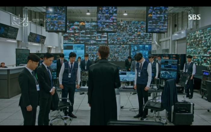 'Quân vương bất diệt' tập 12: Lee Min Ho hỏi Jung Eun Chae có phản bội không nhưng cô từ chối trả lời? 1