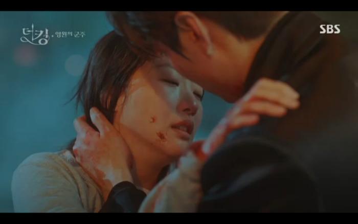 'Quân vương bất diệt' tập 12: Lee Min Ho hỏi Jung Eun Chae có phản bội không nhưng cô từ chối trả lời? 7