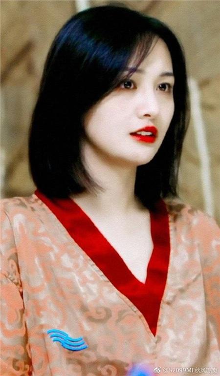 Bị chê diễn dở đến mức cắt 80% đất diễn, Trịnh Sảng vẫn làm nữ sinh đáng yêu thế này 2