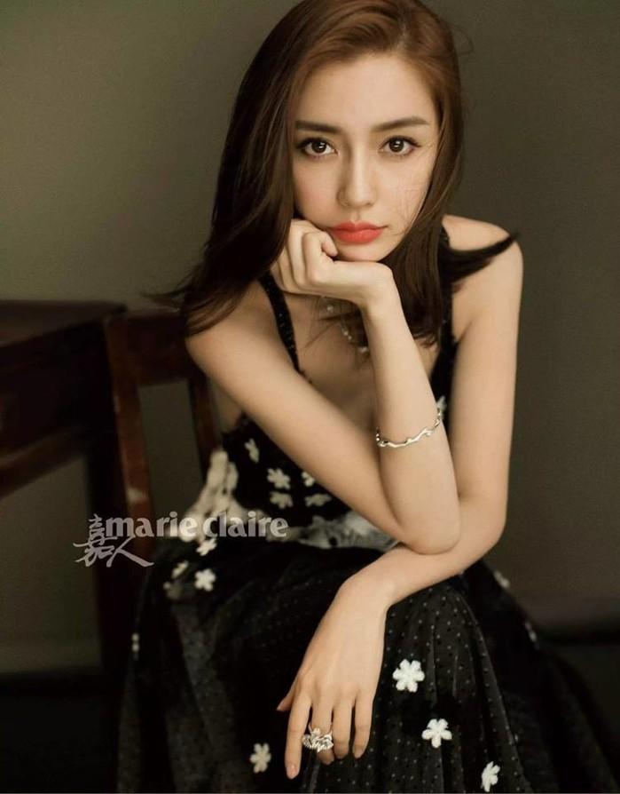 Vị trí 40 thuộc về bà xã của Huỳnh Hiểu Minh: Angelababy.
