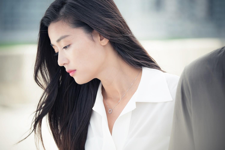 'Mợ chảnh' Jeon Ji Hyun hạng 14 trong 1op 55 người đẹp.