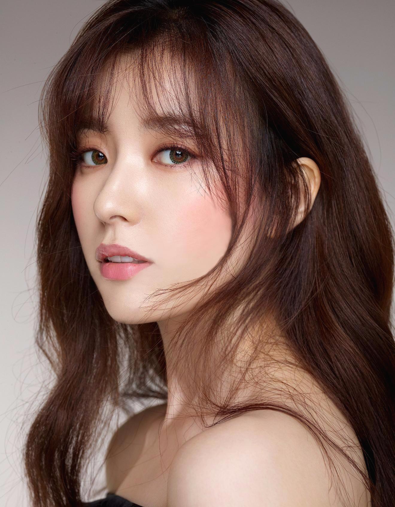 Vị trí thứ 8 thuộc về Han Hyo Joo.
