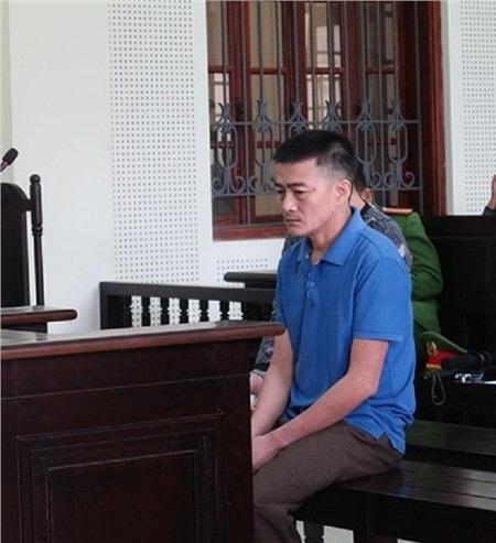 Bị cáo Vũ Văn Sơn tại phiên toà - Ảnh: H. Hà