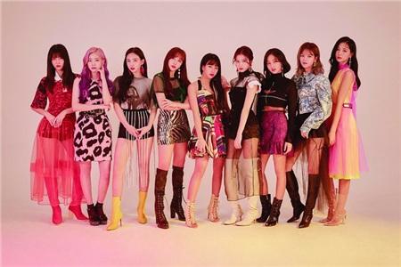 JYP kí kết cùng hãng thu âm của Taylor Swift và Ariana Grande, sẵn sàng cho 'gà cưng' TWICE quảng bá quốc tế 0