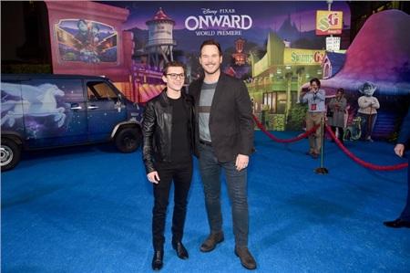 'Nhện nhọ' Tom Holland cùng 'Star Lord' Chris Pratt khiến fan 'nổ tung' khi tuyên bố: Chúng tôi yêu nhau!