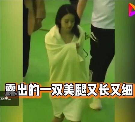 Cùng xuất hiện trong video cổ vũ chống dịch: Triệu Lệ Dĩnh lẫn Dương Mịch đều bị chê bai xấu xí 8