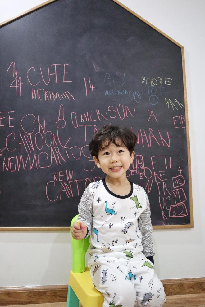 Đậu nhà Ba Duy - Nam Thương đã đọc chữ vanh vách từ năm 3 tuổi, thích học cả tiếng Anh - Nga - Hy Lạp 3