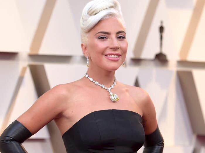 Lady Gaga khổ sở vì đeo vòng kim cương 700 tỷ tới Oscar 2019 0