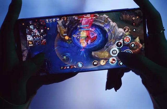 Top smartphone cấu hình khủng không ngán 'con game' nào, chấp tất cả bom tấn nặng nhất 0