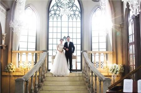 Một số ảnh cưới của bác sĩ Bành và vợ