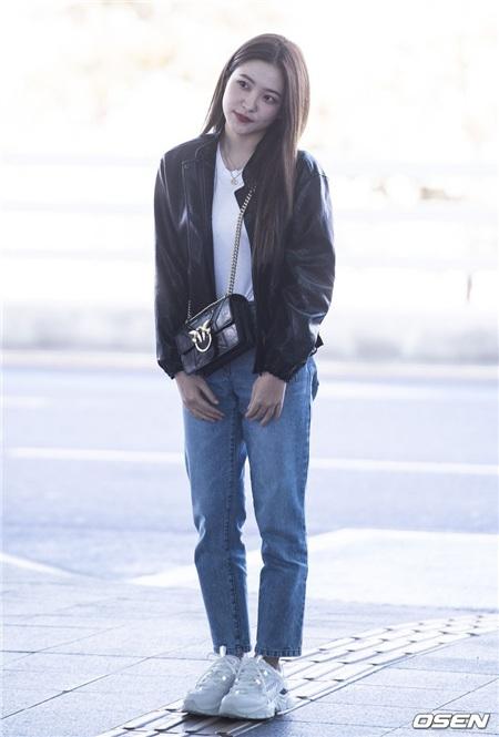 Thuộc 'team chân ngắn' của Kpop nhưng Yeri (Red Velvet) vẫn mặc quần jeans siêu nuột, ra là có bí kíp cả 1