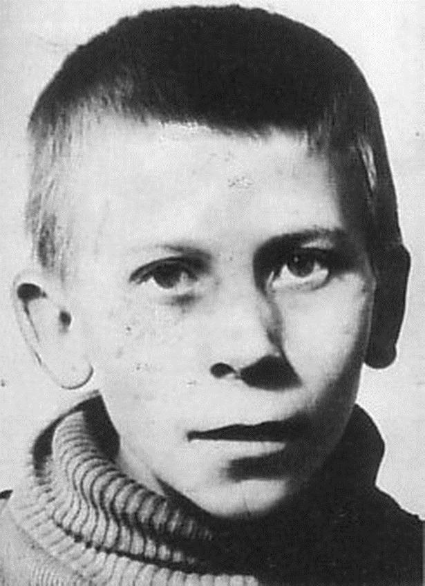 Một trong những nạn nhân nhỏ tuổi nhất của Dennis.