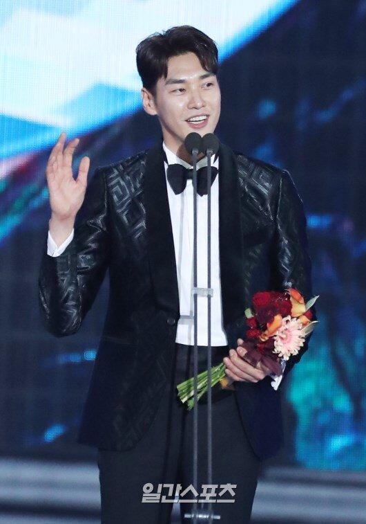 Kim Young Kwang.
