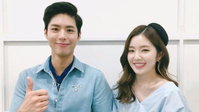Ngày này 3 năm trước, Irene từng 'thả cá' khiến Park Bo Gum hoảng sợ, lắp bắp, trố mắt ngay trên sóng truyền hình