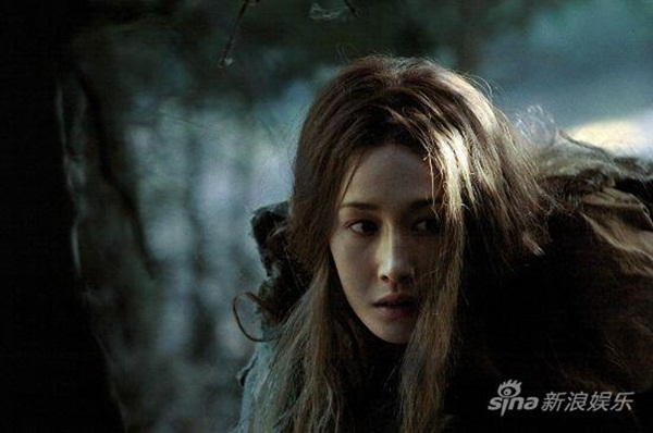 Maggie Q diễn xuất khá tròn vai trong The Warrior and the Wolf