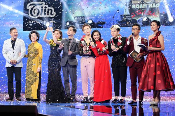 Giang Hồng Ngọc khẳng định, cô và Hòa Minzy và 'gia đình hao dâm bụt' vẫn 'tình thân mến thân'.