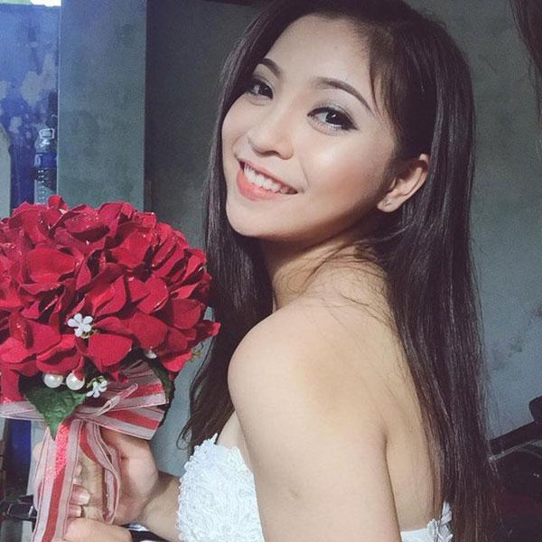 5 cô bạn gái xinh xắn, sành điệu như hot girl của 5 cầu thủ U23 Việt Nam 6