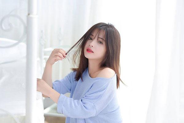 5 cô bạn gái xinh xắn, sành điệu như hot girl của 5 cầu thủ U23 Việt Nam 14