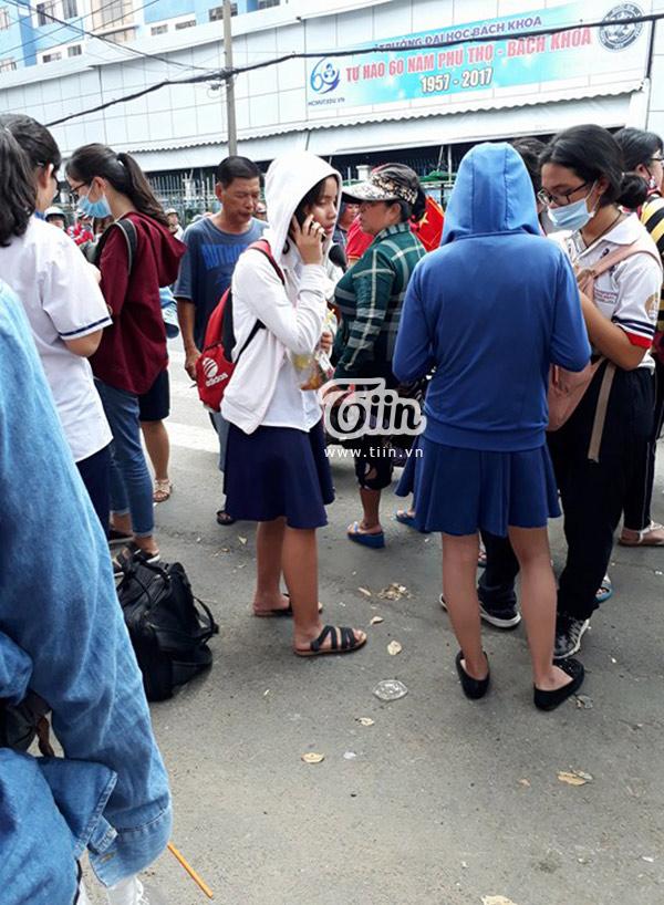 Lấy vé miễn phí giao lưu với đội tuyển U23 Việt Nam liệu có dễ dàng? 2