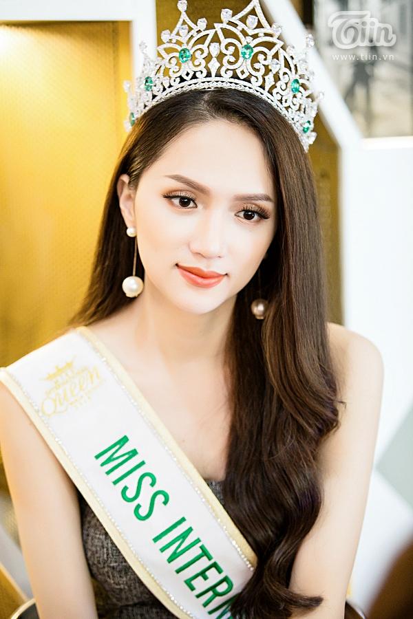 Hương Giang Idol hiện đã là Hoa hậu chuyển giới quốc tế 2018.