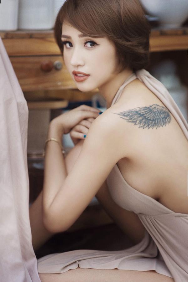 Không ít người hâm mộ tiếc nuối cho rằng Thanh Vân để tóc dài phù hợp và xinh đẹp hơn.