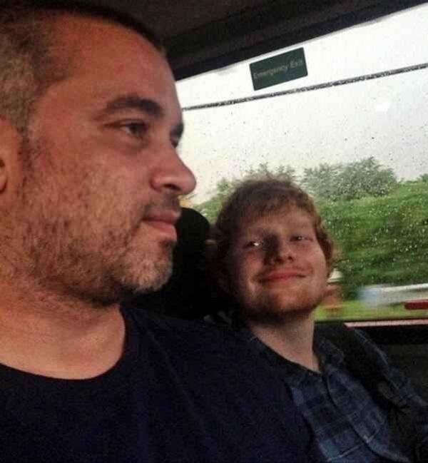 Ed Sheeran và Stuart Camp.