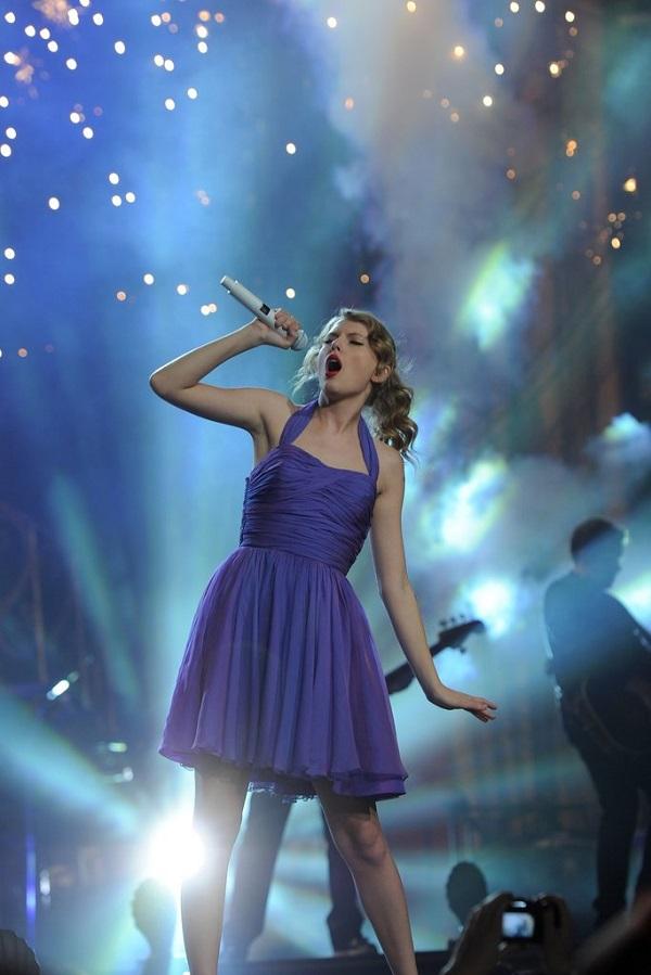 Trước khi Reputation tour khởi động, Taylor Swift đã có những tour diễn ấn tượng thế này 4
