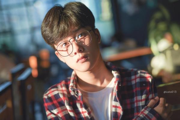 Gặp gỡ chàng 'nam thần học đường' đốn tim phái nữ trong MV của Thuỳ Chi 3