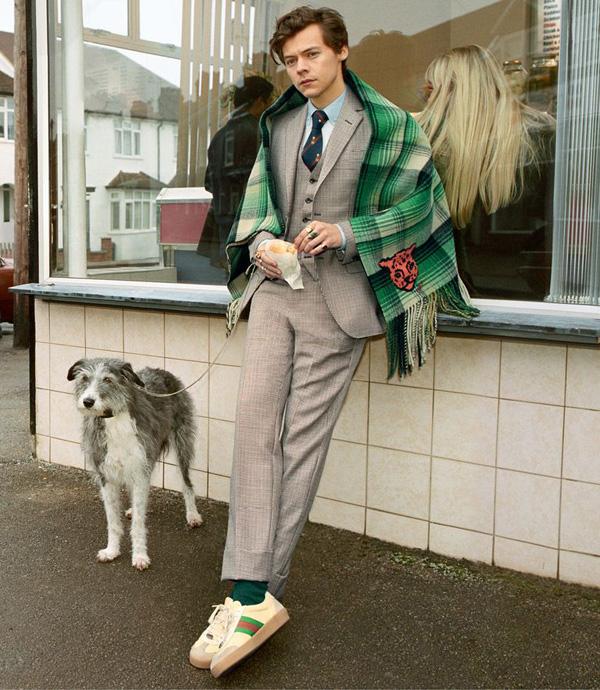 Harry Styles đã trưởng thành rồi, lại đẹp trai và manly thế này cơ! 1