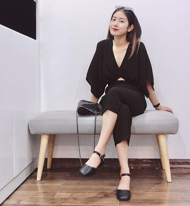 Trang Lou cũng là cô gái rất xinh đẹp.