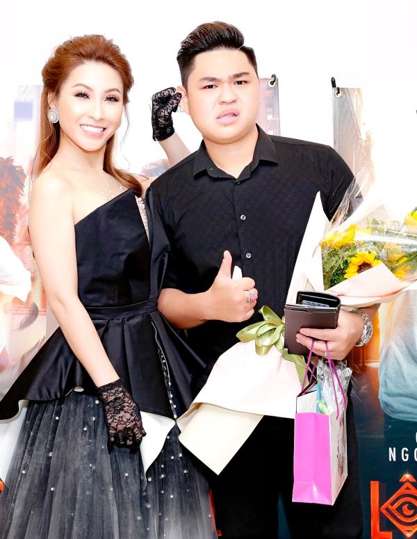 Vợ chồng Lý Hải - Minh Hà tình tứ bên nhau tại sự kiện ra mắt phim Lộ Mặt 3
