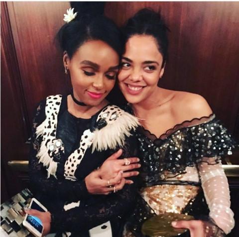 Tessa Thompson và bạn gái rapper