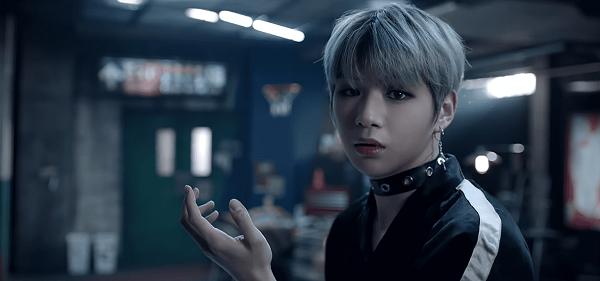 Tạo hình của Wanna One trong 'Boomerang'