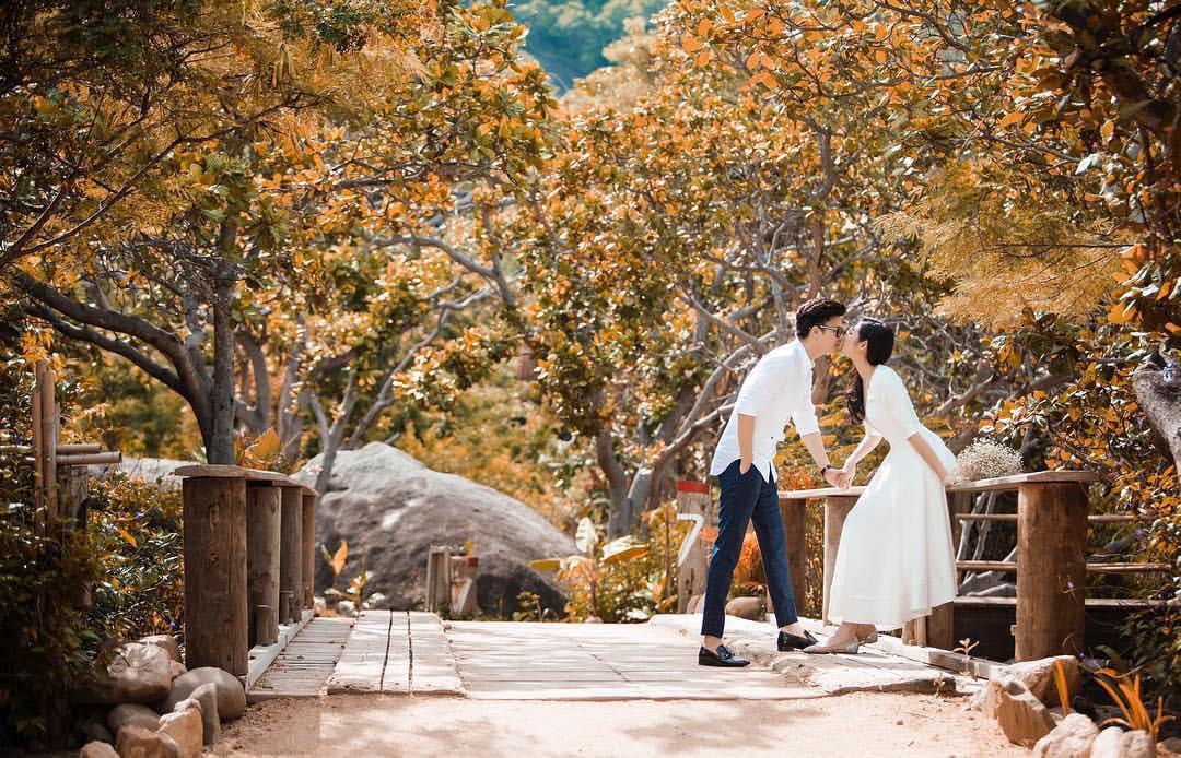 Một trong những bức ảnh cưới của cặp đôi mới được tiết lộ