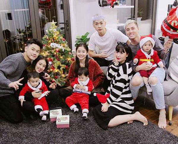 3 gia đình hot nhất MXH khiến các fan phát cuồng vị động đáng yêu.