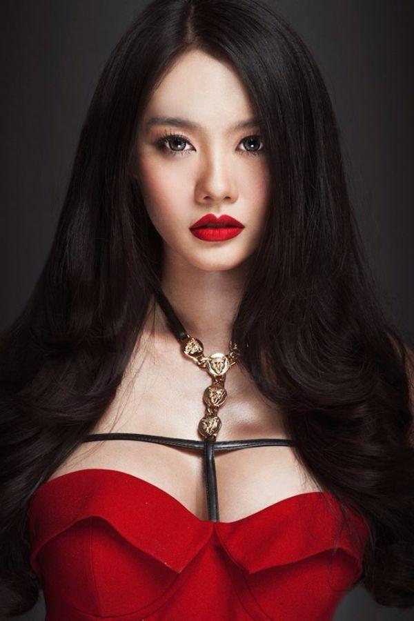 Không biết giờ nghĩ lại về quyết định trước kia, Linh Chi sẽ hối hận đến mức thế nào?