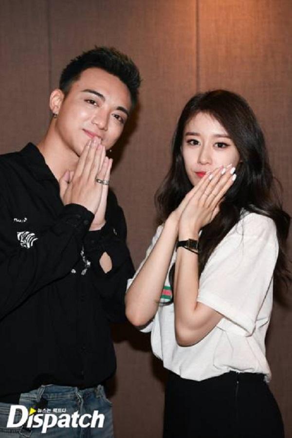 Dispatch tung loạt ảnh hậu trường thu âm vô cùng thân thiết của Soobin Hoàng Sơn và Jiyeon 10