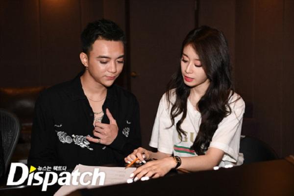 Dispatch tung loạt ảnh hậu trường thu âm vô cùng thân thiết của Soobin Hoàng Sơn và Jiyeon 11
