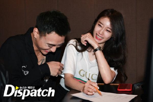 Soobin và Jiyeon vô cùng thân thiết trong quá trình làm việc cùng nhau.