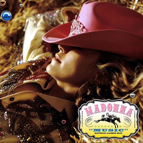 Bạn có thể cosplay Madonna 'thần thái' như chú chó này không? 2