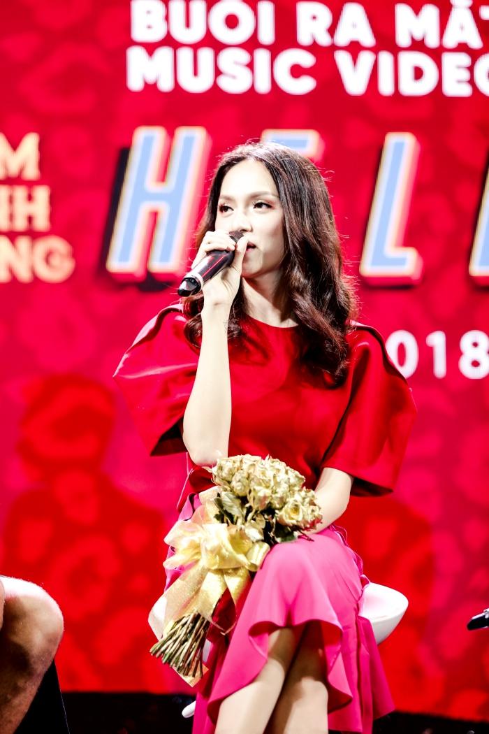 Đàm Vĩnh Hưng thú nhận thích hôn Dương Triệu Vũ nhất trước đông đảo khán giả 3