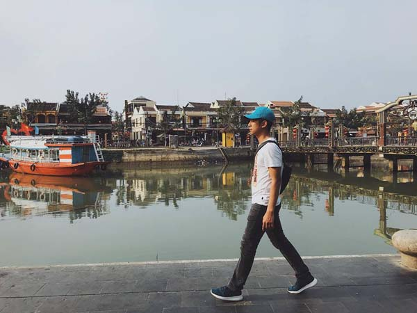 Hành trình 35 ngày giải mã 'giấc mơ xuyên Việt' của 9X Quảng Ninh 12