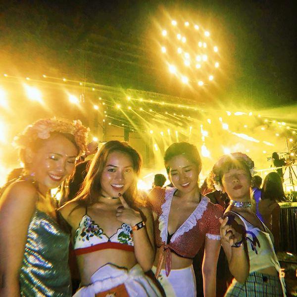 Kiều Trinh, Trang Hý và 2 người bạn thân đi du lịch cùng nhau