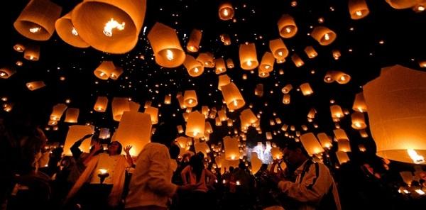 Trường còn nổi tiếng bởi nhiều hoạt động thú vị như thả đèn lồng mỗi khi các dịp lễ, tết đến.