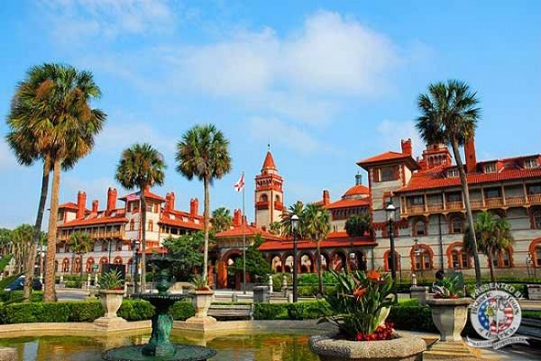 Trường cao đẳng này nổi tiếng khắp thế giới vì kiến trúc không khác gì khách sạn 5 sao:Ponce deLeón