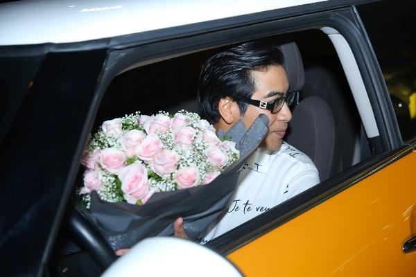 Thanh Bình bí mật làm sinh nhật cho Ngọc Lan, đã thế quà tặng lại là chiếc xe hơi vợ yêu thích 9